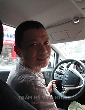 """Anh Trương Quốc Khánh (30 tuổi, Hà Nội):""""Điều trị khỏi bệnh hôi nách tại Milan giúp tôi tự tin hơn và công việc cũng phát triển thuận lợi hơn"""""""
